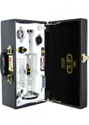 Grace Glass – Limited Edition Vapor Bubbler with with HoneyComb Disc Perc & Drum Diffuser – Complete Set in Leather Gift Case – Black Bird